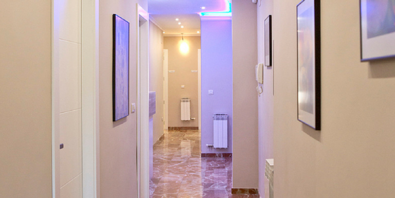 clinica dental guadix pasillo 4 - Dentista Guadix
