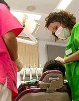 Raspado dental practicada en Clínica dental en Guadix por la doctora Laura Poyatos